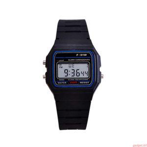 Мъжки електронен водоустойчив часовник - черен