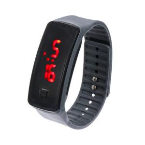 Спортен силиконов часовник – черен