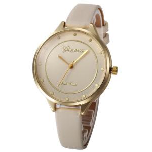 Луксозен объл дамски часовник - бежов