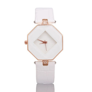 Луксозен дамски часовник - бял
