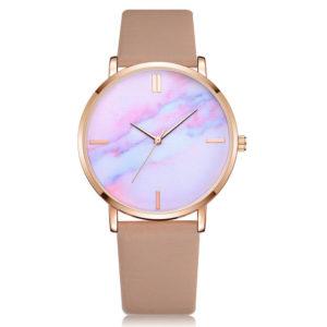 Луксозен дамски часовник - златен