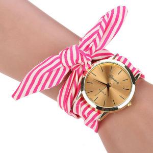 Стилен дамски часовник - цветен